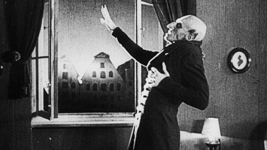 nosferatu-eine-symphonie-des-grauens-dies-death-sunlight-ending-count-orlok-max-schreck-vampire-german-expressionism-dracula-classic-review.jpg